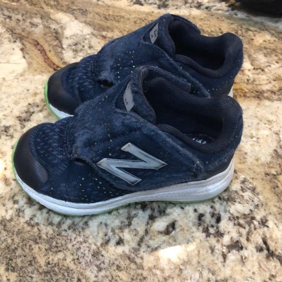 Especialmente Oh querido decidir  Buy > toddler new balance shoes velcro Limit discounts 61% OFF